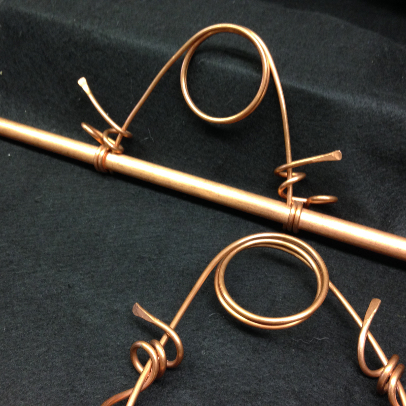 copper hangers short straight wire detail